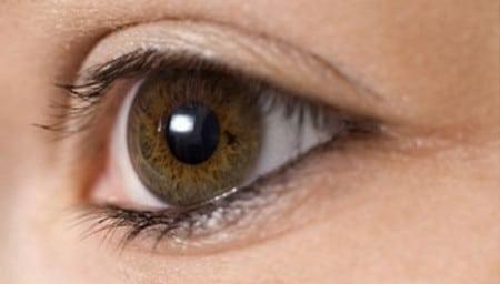 акцент на глаза