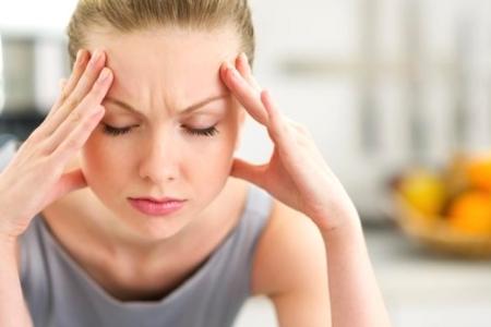 Появление нитевидных папиллом из-за нарушения гормонального фона и стрессов